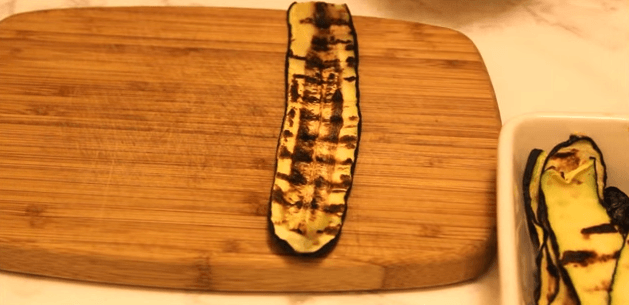 zucchini cu somon felie de zucchini