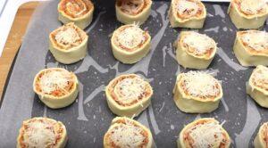 cuiburi de pizza taiere si parmezan
