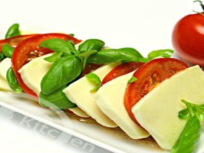salata caprese adygio kitchen