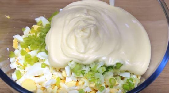 salata de oua maioneza
