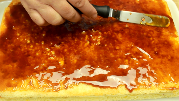 prajitura petre roman zahar caramelizat pe foaie