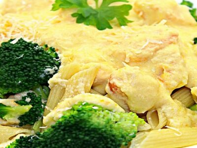paste cu pui si broccoli adygio kitchen