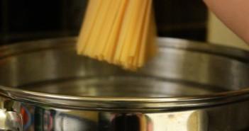 spaghete carbonara paste