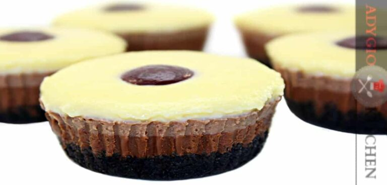 Briose 3 ciocolate reteta video