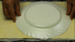 pizza floare decupare a doua foaie