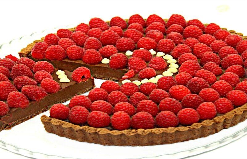 tarta cu ciocolata si zmeura adygio kitchen