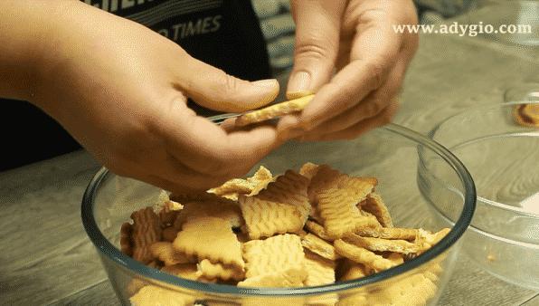 prajitura rapida fara coacere biscuiti simpli