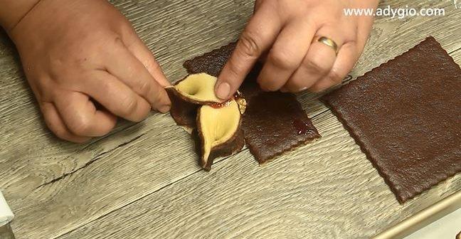 fursecuri cu nuca si dulceata metoda imbinare