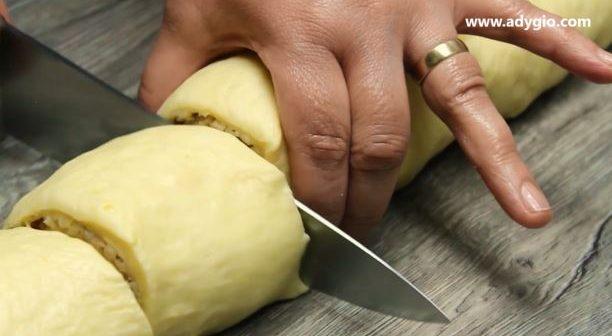 Cozonac rosenkrantz cu nuca suluri taiate