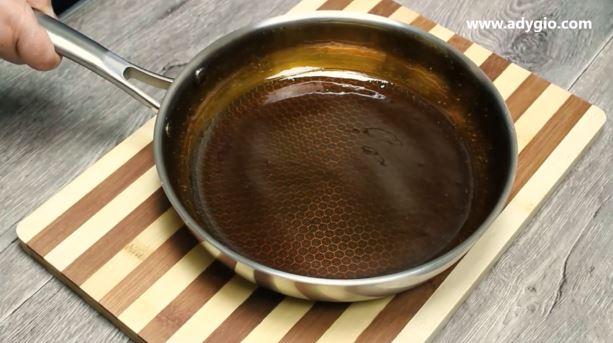 cozonac Rosenkrantz cu nuca zahar caramelizat