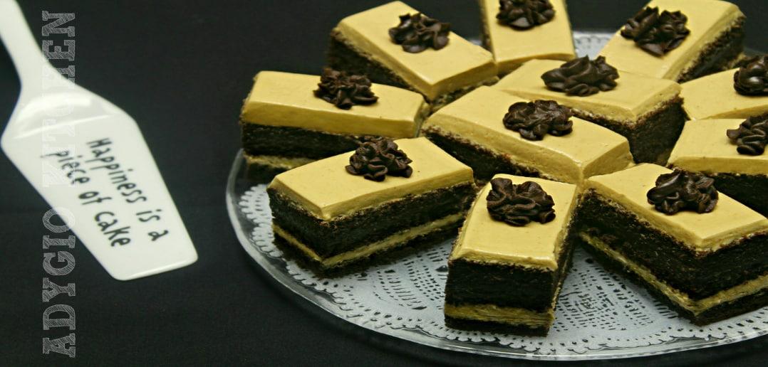 Prajitura cu crema de ciocolata si unt de arahide adygio kitchen