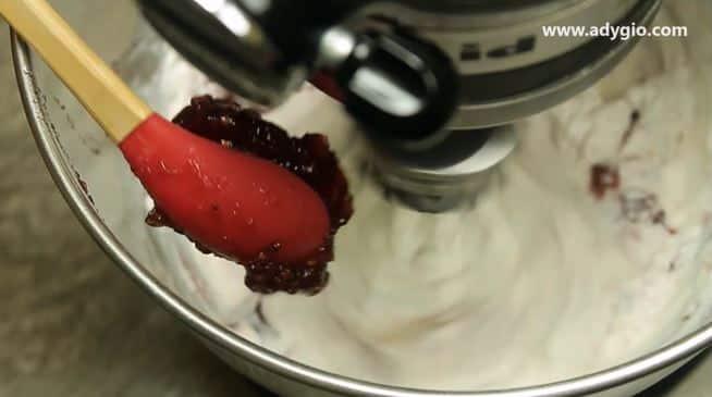 prajitura in 5 minute cu piscoturi insiropate dulceata