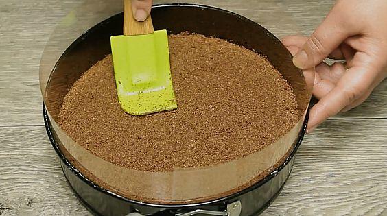 prajitura fara coacere in stil ombre strat de biscuiti