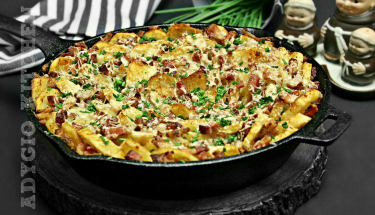 Cartofi la cuptor cu bacon si parmezan adygio cei mai buni cartofi la cuptor