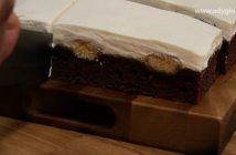 Prajitura negresa in stil tiramisu portionare