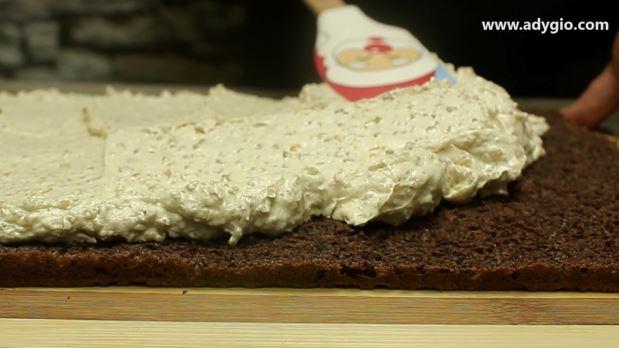 prajitura cu nuca oparita nivelare crema