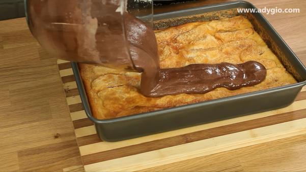 prajitura cu mere si crema de zahar ars compozitie blat