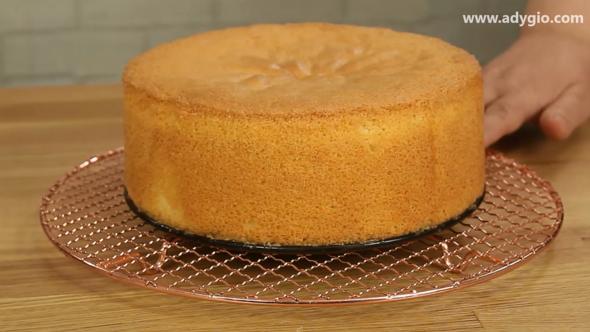 tort cu crema de vanilie blat