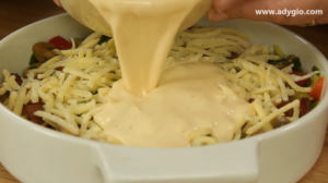 omleta la cuptor cu cascaval oua batute