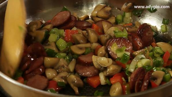 omleta la cuptor mix cu ciuperci