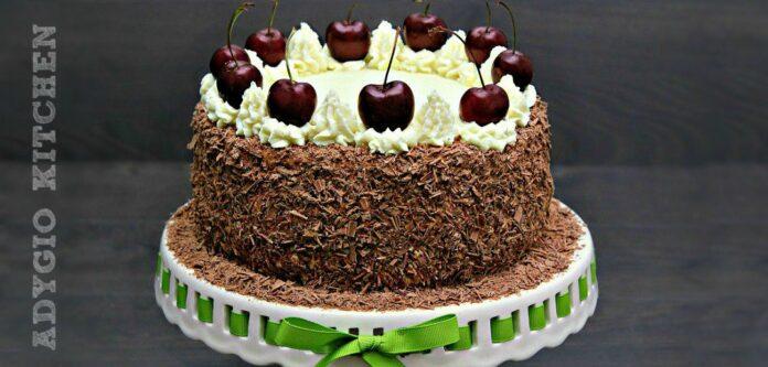 Tort Padurea Neagra cu cirese sau visine adygio kitchen