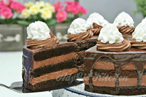 Tort Boema cu ciocolata si frisca , un tort de cofetarie deosebit