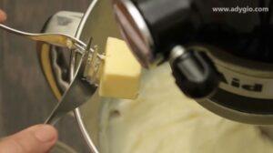 crema de lapte fiarta cu lamaie si unt