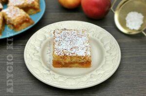 Prajitura cu mere simpla si rapida , una din cele mai populare retete de prajitura cu mere