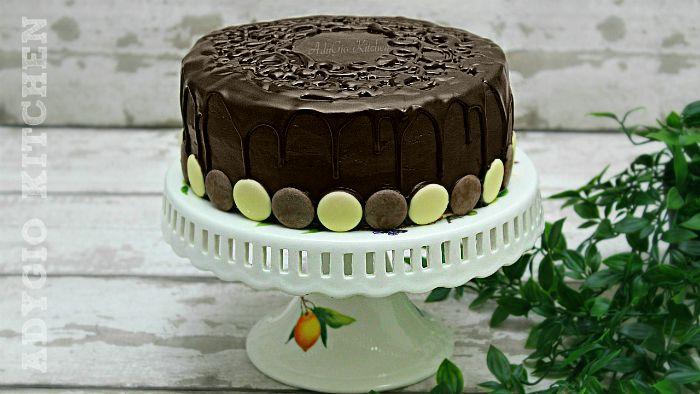 Tort Televizor cu crema de lamaie , un tort insiropat inspirat din reteta prajiturii Televizor sau Budapesta