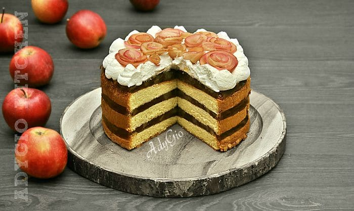 tort de mere cu frisca si blat cu vanilie , un tort de mere simplu dar spectaculos