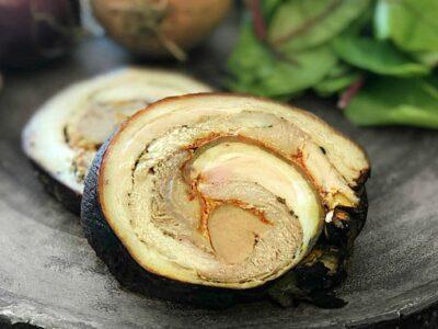 Rulada de porc din ciolan fiert in foi de ceapa adygio kitchen