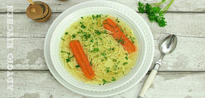 Supa de pui cu taitei de casa adygio kitchen