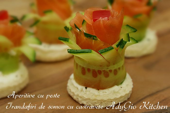 aperitive cu peste - trandafiri de somon si castravete