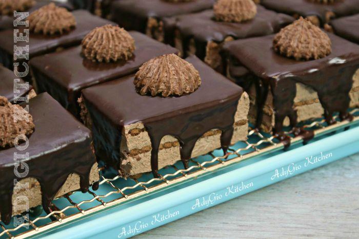 Amandine reteta fara coacere cu biscuiti si ciocolata