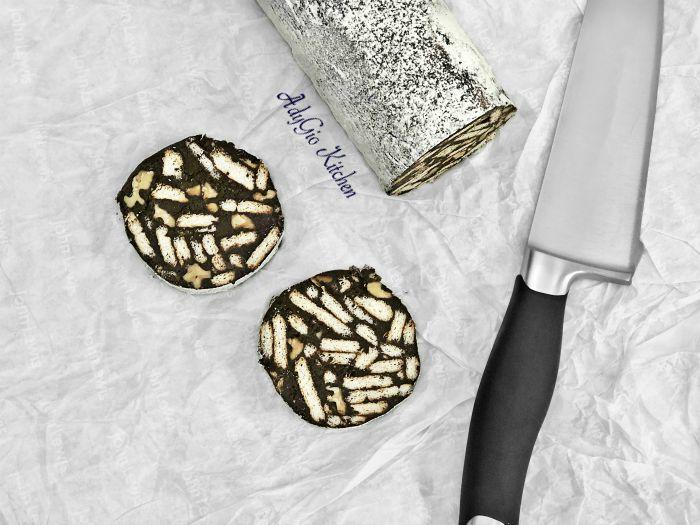 Salam de biscuiti cu mascarpone si nuca prajita,un salam de biscuiti deosebit de bun si aromat
