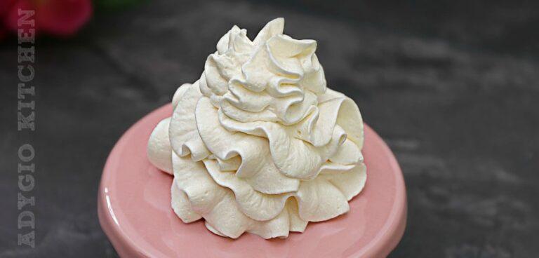 Crema de frisca sau reteta de crema de smantana