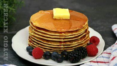 Clatite americane reteta de pancakes cu lapte batut