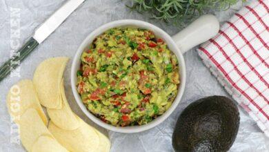 Guacamole sau sos mexican de avocado