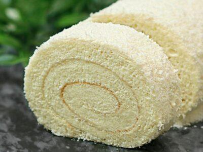Rulada Alba Ca Zapada cu blat din albusuri si crema fina cu lapte si lamaie adygio kitchen