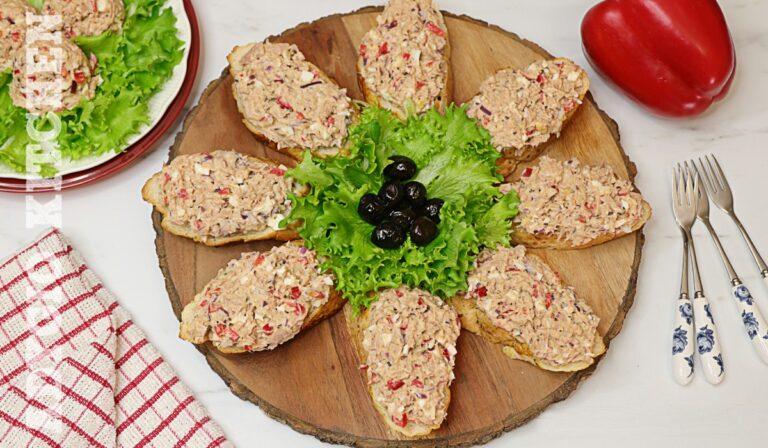 Salata de ton cu maioneza si ceapa rosie
