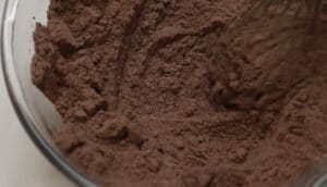 Ciocolata de casa amestec de lapte praf cu cacao